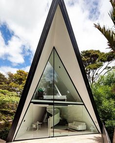 Tent House by Chris Tate Architecture. (2015) Location #WaihekeIsland #Auckland #NewZealand