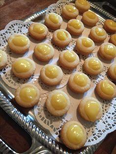 Lemon shortbread cups