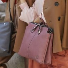 Carpisa női laptoptáska, Carpisa női aktatáska Leather Backpack, Bags, Fashion, Handbags, Moda, Leather Book Bag, Fashion Styles, Leather Backpacks, Taschen
