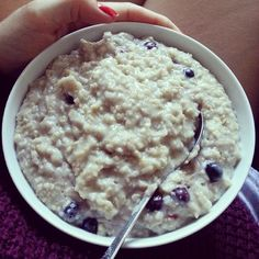 90g oats ♥ today: gym, lunch with mummy & sister, tutoring #glutenfree #macros #protein #carbs #eat #eatforabs #eatclean #eattogrow #cleaneats #cleaneating #fit #fittie #fitforlife #fitfam #fitspo #fitspiration #healthy #healthyeating #food #foodporn #instafood #workout #gym #gymrat #workforit #runner #running #run #strongnotskinny #foodisfuel