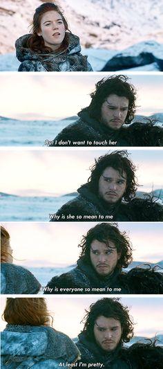I freakin LOVE Jon Snow!! But his face here lol