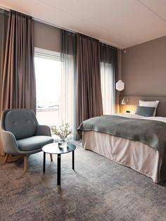 Hotel Odeon i Odense, Danmark. Room, Hotel, Modern, Guest Room Decor, Room Decor, Guest Bedroom, Luxury Home Decor, Renovations, Bedroom