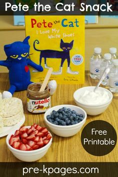 Cat Food Where is Pete the Cat Activity - Where is Pete the Cat? A super fun beginning of the year activity for your preschool, pre-k, or kindergarten classroom. Your kids will love searching for Pete! Preschool Literacy, Preschool Books, Classroom Activities, In Kindergarten, Book Activities, Preschool Activities, Classroom Ideas, Preschool Projects, Nutrition Activities