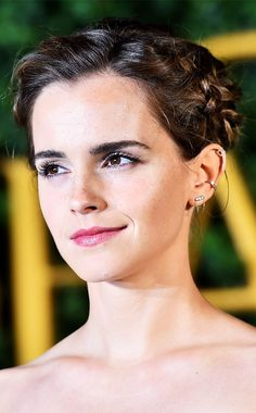 Emma Watson's Stylish Guide to Shopping Sustainably via @WhoWhatWearUK