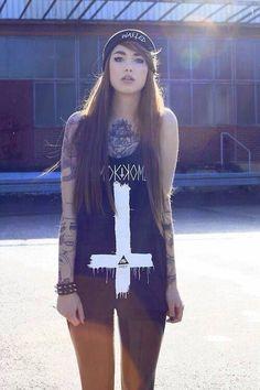 More Hot Tattoo Girls at http://hot-tattoo-girls.blogspot.com