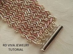 Tutorial- Belmont Bracelet Herringbone by Vivatutorial on Etsy https://www.etsy.com/listing/223516092/tutorial-belmont-bracelet-herringbone