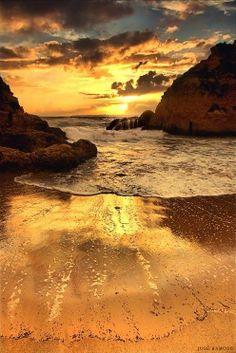 Infinity Fountain in Algarve, Portugal