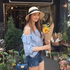 Just bought myself a sunflower,because no one buys flowers for me and I thought why not 🌻 Korean Bikini, Angelina Danilova, All Fashion, Womens Fashion, Beach Bunny Swimwear, Victoria Secret Fashion, Russian Models, Before Us, Aesthetic Girl