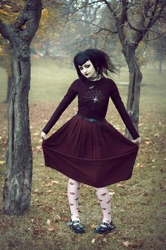 Spiderweb Sweater / Gothic School Girl Look Tribal Fusion, Dark Fashion, Gothic Fashion, Dark Black, Estilo Dark, Corporate Goth, Gothic Outfits, Gothic People, Gothic Beauty