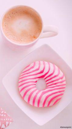 #fondodepantalla #minimalista #dona #rosa #cafe Doughnut, Tableware, Desserts, Pink, Minimalist Chic, Backgrounds, Tailgate Desserts, Dinnerware, Deserts