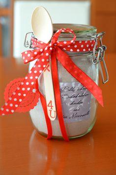 """Heute möchte ich Euch verraten, was in dem Gewinnerpäckchen steckt, das Bettina bei meinem Blogevent """"Im Glas gemixt - Fix für... lec..."""