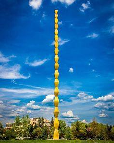 Endless Column by Brancusi in Gorj County . Places To Travel, Places To Visit, Constantin Brancusi, Danube Delta, Visit Romania, Carpathian Mountains, Famous Castles, Moldova, Bucharest