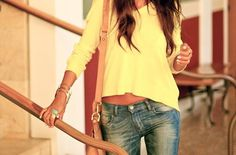 Love the relaxed fit of this top! Plus I am obsessed with yellow