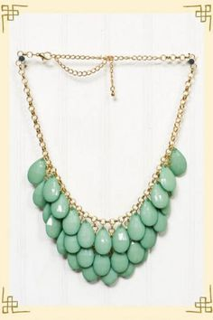 Turquoise necklace. i need this and can't find it anywhere.