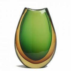 Google Image Result for http://images.arcadja.com/l%25C3%25BCtken_per-tear_shaped_green_glass_vase~OMa5d300~10127_20100111_100000418_519.jpg