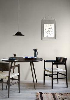 Enjoy the meal with your partner💕 Small Apartment Interior, Kitchen Interior, Interior Design Courses, Interior Exterior, Guest Bedrooms, Minimalist Decor, Decoration, Interior Inspiration, Furniture Design