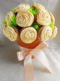 Cake bouquet. This is awesome.