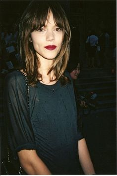 Hair, lipstick, top.