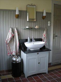 Nice use of small space Viera, Small Spaces, Toilet, Interior Design, House, Home Decor, Bathrooms, Decor Ideas, Nice