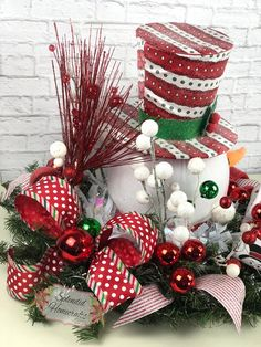 Light up Snowman Centerpiece Christmas Centerpiece Red Top Easy Christmas Decorations, Christmas Arrangements, Xmas Wreaths, Christmas Centerpieces, Holiday Crafts, Holiday Decor, Seasonal Decor, Floral Arrangements, Simple Christmas