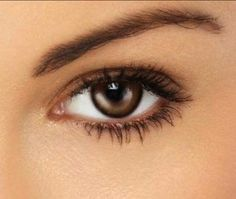 Perfect Natural Makeup for Brown Eyes