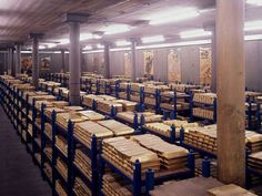 Royal Mint puts its gold bullion up for sale