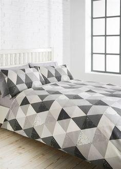 Matalan Geometric Duvet Set = £10