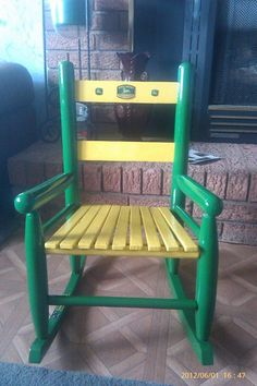 Genial Took An Old Red Rocking Chair And Repainted With John Deere Theme.