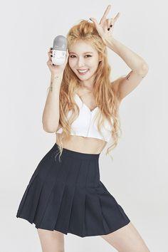 김현아 // Hyuna