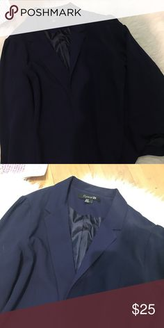 F21 navy blue blazer Blazer style with no buttons Forever 21 Jackets & Coats Blazers