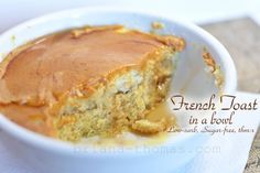 French Toast in a Bowl {Low-carb, Sugar-free, THM:S} - 1 egg 3 T oat fiber 1 T ground golden flax ½ tsp. baking powder ¼ cup water 1 T butter, softened Microwave for seconds. Trim Healthy Recipes, Trim Healthy Momma, Low Carb Recipes, Real Food Recipes, Healthy Food, Healthy Eating, Atkins Recipes, Paleo Recipes, Yummy Recipes