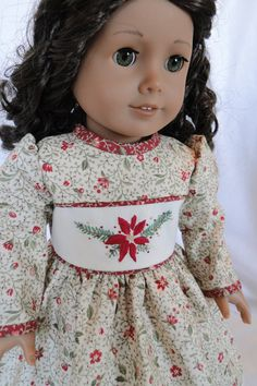 How lovely! Cyria ALWAYS has such beautiful dresses, her shop - Dancing With Needles - is so aptly named!!