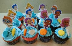 Bubble Guppies cupcakes with some shells to match Anya's cake! Strawberry cupcakes with a caramel filling and chocolate cupcakes with an Oreo filling.