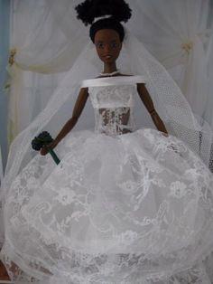 Pnina Style Bride. Zelfgemaakte Barbie kleding te koop via Marktplaats bij de advertenties van Nala fashion. Homemade Barbie doll clothes (OOAK) for sale through Marktplaats.nl Verkocht/sold