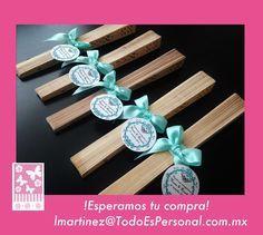 Abanicos para boda  de madera con listón menta y tarjeta personalizada  ($16.00 c/u) compra mínima 10 piezas