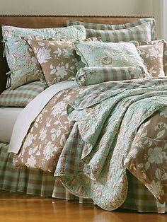 Annibel Quilt, Comforter Cover, Shams & Pillows | LinenSource