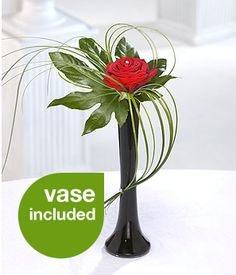 Elegant vase - Flower arrangement