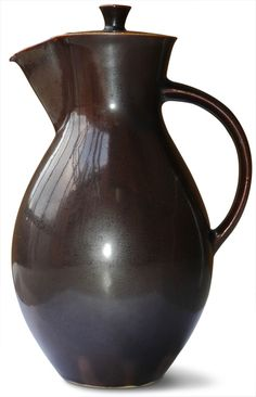 Coffee pot  by Otto Lindig