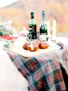 Scottish themed wedding with tartan detail - Outlander Week #outlander