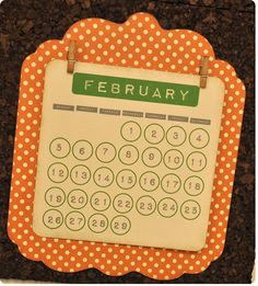 customizable calendar {FREE shape of the week!}