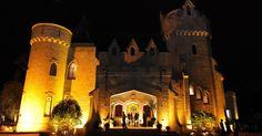 Petrópolis, RJ, tem Baile da Ressaca no Castelo de Itaipava neste sábado