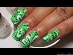 Kiwi 2 nail art