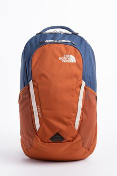 ba3ebe5142e3 The North Face Vault Backpack North Face Vault Backpack