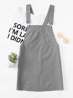 SheIn offers Detachable Strap Gingham Pinafore Dress & more to fit your fashionable needs. Teen Fashion Outfits, Mode Outfits, Jean Outfits, Trendy Outfits, Dress Outfits, Girl Fashion, Girl Outfits, Summer Outfits, Outfit Jeans