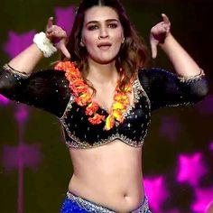 Bollywood Actress Hot Photos, Indian Actress Hot Pics, Indian Bollywood Actress, Bollywood Girls, Tamil Actress Photos, Beautiful Bollywood Actress, Bollywood Celebrities, Katrina Kaif Hot Pics, Katrina Kaif Photo