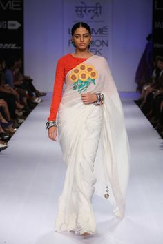 Yogesh Chaudhary's Collection Surendri at Lakme Winter/Festive Indian Attire, Indian Wear, Indian Style, Indian Dresses, Indian Outfits, Indian Clothes, Saree Blouse Designs, Blouse Styles, Lakme Fashion Week 2015