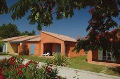 Prachtig vakantiehuis voor 8 personen in de Franse Languedoc. Dit is een heel fraai stukje Frankrijk en perfect om in het hoogseizoen de vakantie door te brengen.  Dit vakantiehuis in Argelès-sur-Mer is online te boeken via de website van Recreatiewoning.nl.