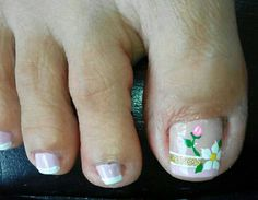French Pedicure, Pedicure Nail Art, Toe Nail Art, Mani Pedi, Cute Toe Nails, Cute Toes, Love Nails, Pretty Nails, Cute Pedicures
