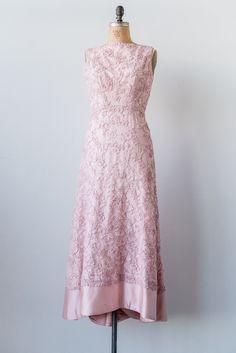 1950s Corded Lace Gown - M/L | G O S S A M E R