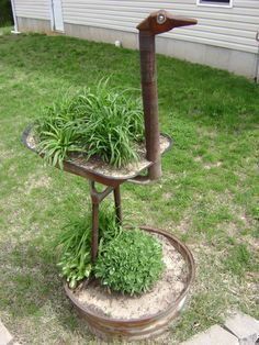 25 Ideas Yard Art From Junk Metal Sculptures Garden Tools – Diy Garden İdeas Welding Art Projects, Metal Art Projects, Metal Crafts, Craft Projects, Welding Crafts, Project Ideas, Garden Crafts, Garden Projects, Garden Art